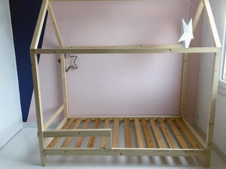 diy un lit cabane pour une chambre d 39 enfant cabanes. Black Bedroom Furniture Sets. Home Design Ideas