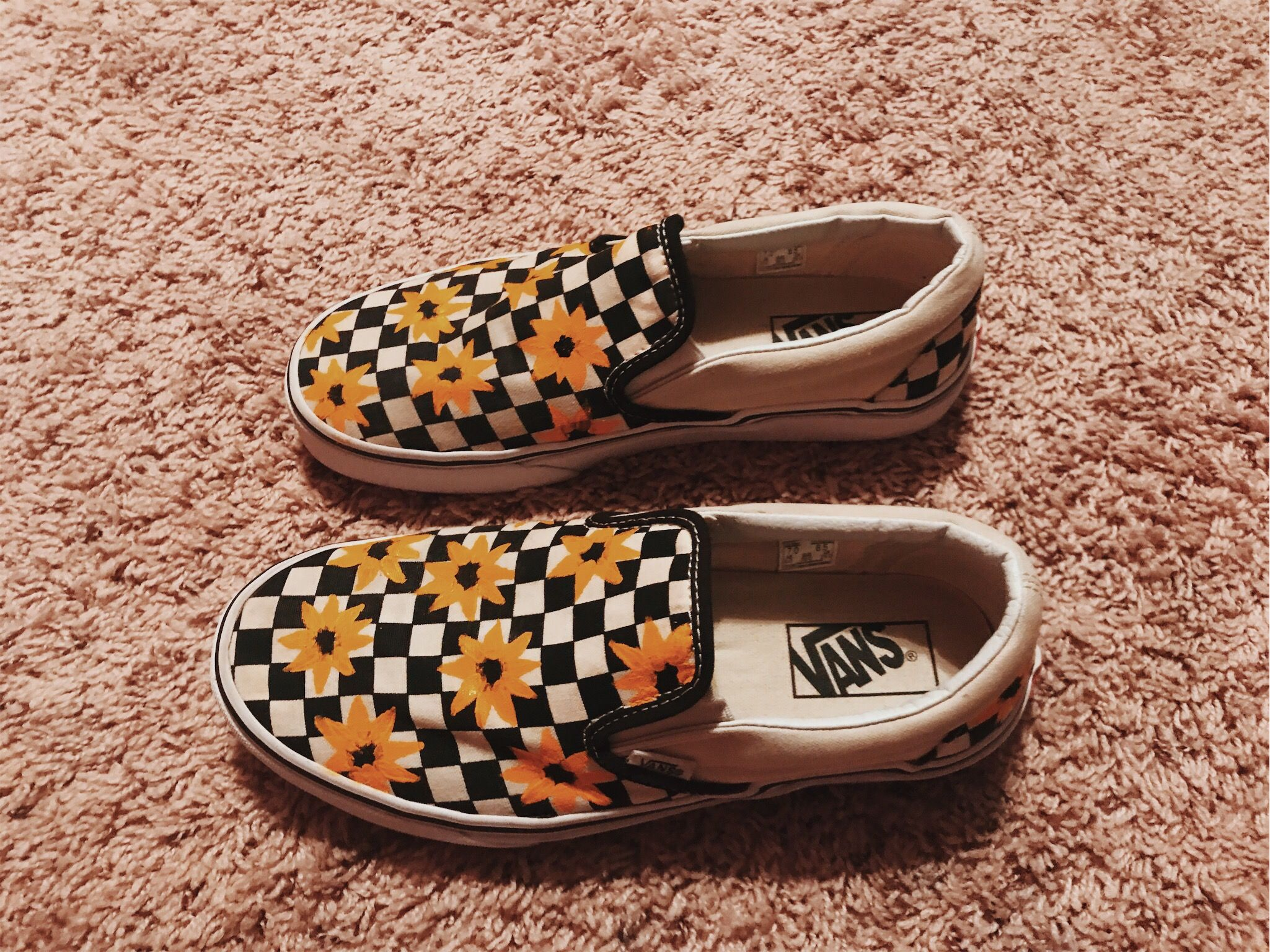 custom yellow sunflower vans | Sharpie shoes, Vans shoes