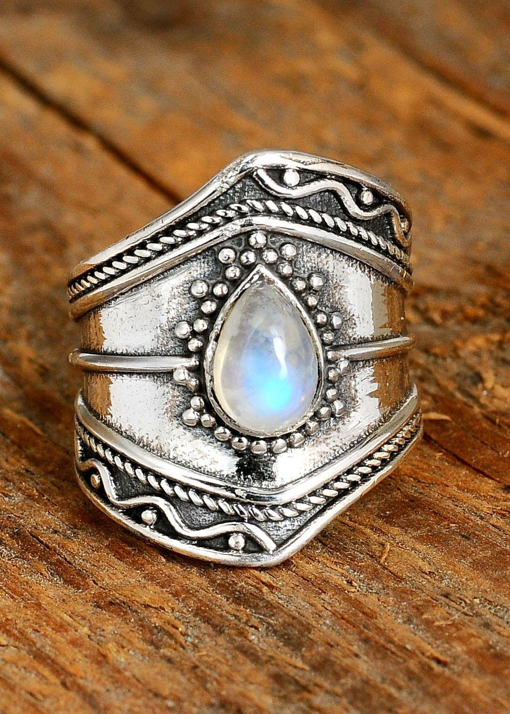 MOONSTONE RAINBOW RING silver moonstone  Sterling silver moonstone hand made ring  Moonstone jewelry  Vintage antique boho silver ring