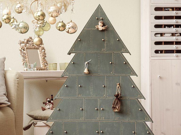 Weihnachtskalender Tannenbaum.Kostenlose Anleitung Tannenbaum Adventskalender Aus Holz Basteln
