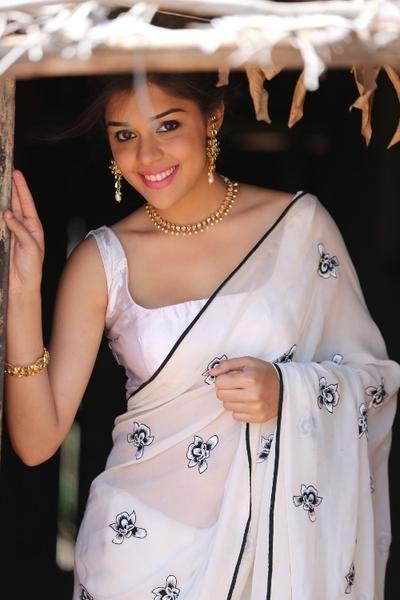 Raunchy Divas Of Bollywood Nude Fuck