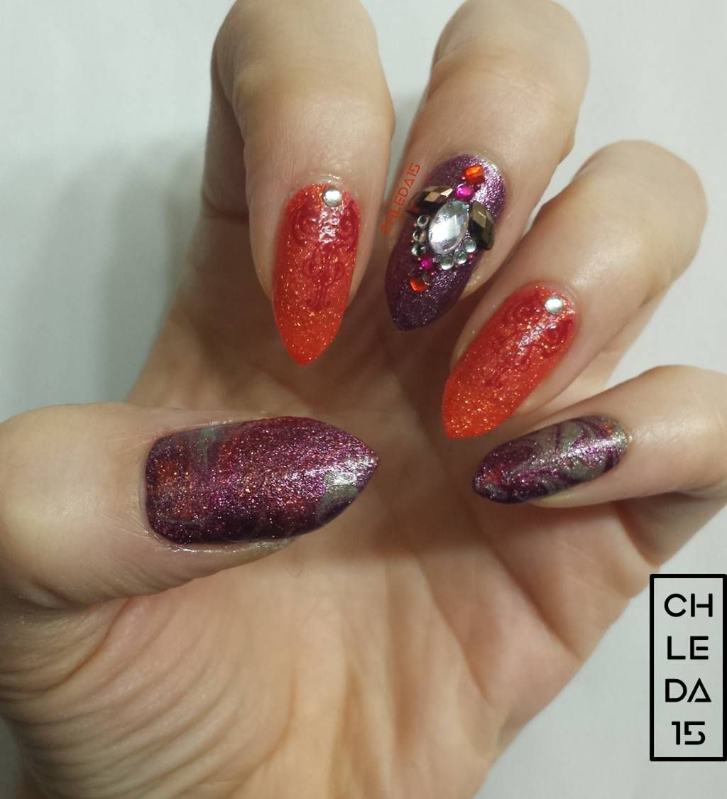 Thumb & Pinky With Dry Water Marble Design Using Sparkle