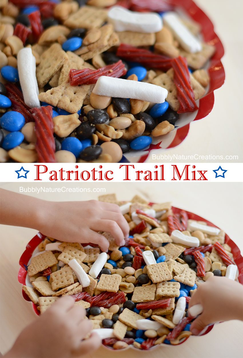 Patriotic Trail Mix for 4th of July! Yummy mix perfect for snacks or a #party !