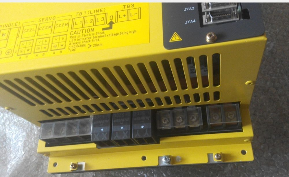 ONE USED Mitsubishi Power Supply SF-PW30 In Good Condition