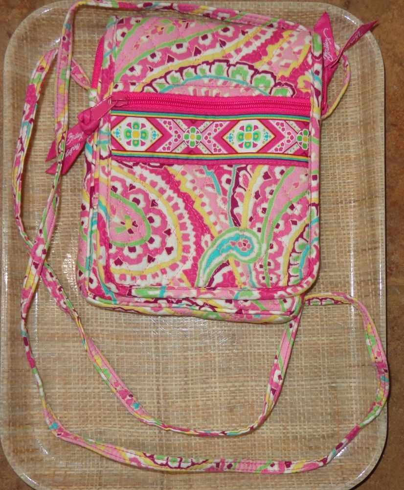 VERA BRADLEY CAPRI MELON HIPSTER PURSE CROSSBODY BAG PINK PAISLEY TRAVEL  SCHOOL  fashion  clothing f0ace8804cf59