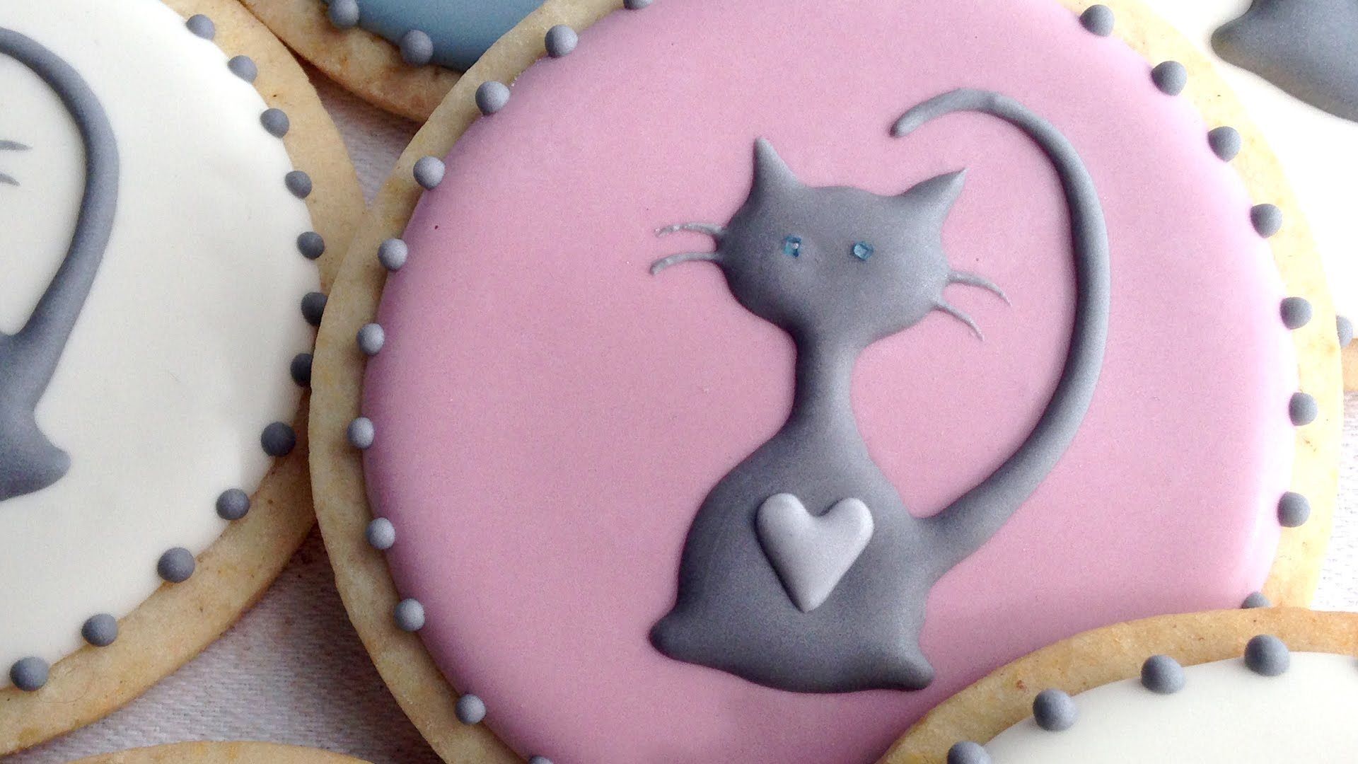 Pin by Allyson Chong on Cake Deco, Topper, Tutorial Cat