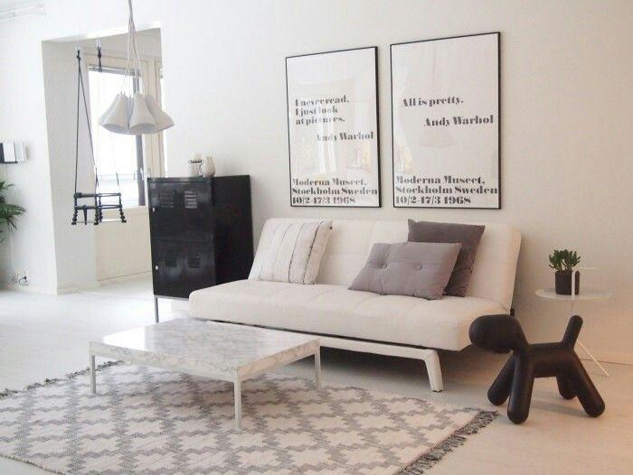 Uudessa valossa blogi sohva, ehkä vuodesohva?