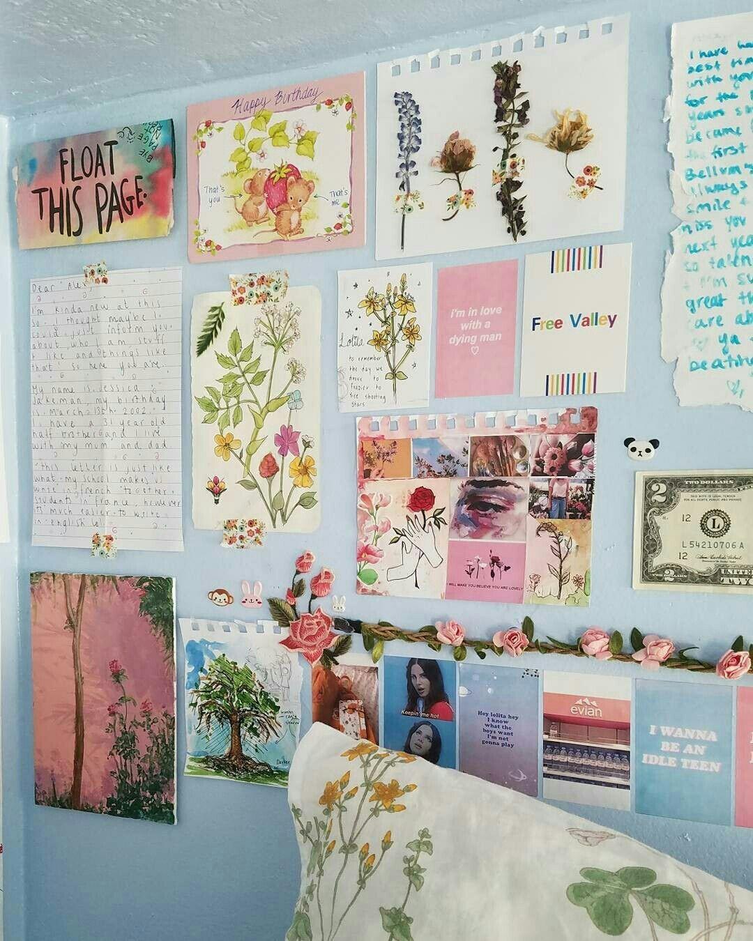 Aesthetic Dorm Room: Pin By Chloe Zickefoose On Dorm