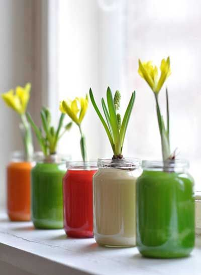Making Vases Out Of Glass Jars Using Paint Manualidades