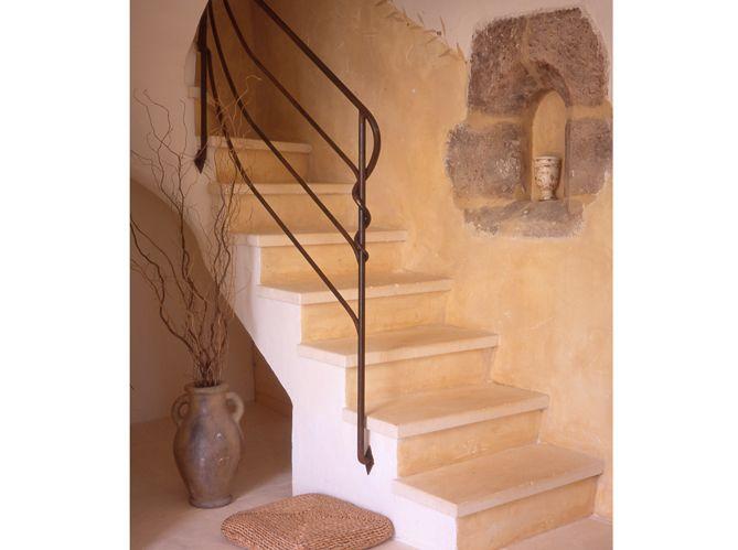 quel est votre style d 39 escalier elle d coration staircases and house. Black Bedroom Furniture Sets. Home Design Ideas