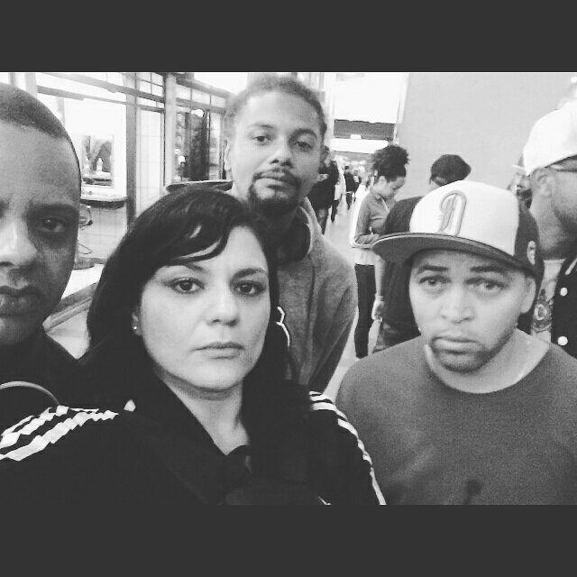 Amigo è todo aquele que realmente esta ao seu lado sem que nada precise ser dito.  Em- Batalha de Djs- Gringos Records- @gringosrecordss #gringosrecords#realdj#blackmusic#soulmusic#hiphop#musicproduction#djsbrasil#djs#shejay#housemusic#pioneerdj#producerslife#vinyl#djing#turntable#musicaeletronica#clubs#instadj#deejay#djbooth#djlife#vinyl#musicalproduction#djlifestyle#producaomusical#producers#rap#discos#technics#underground#turntablism by djmichelleleona http://ift.tt/1HNGVsC