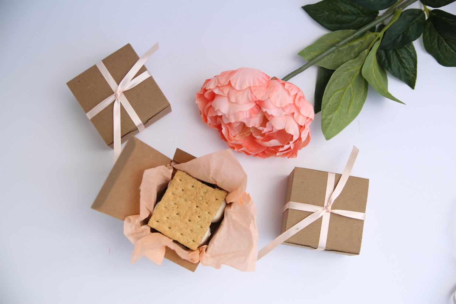 holiday gift boxes with lids