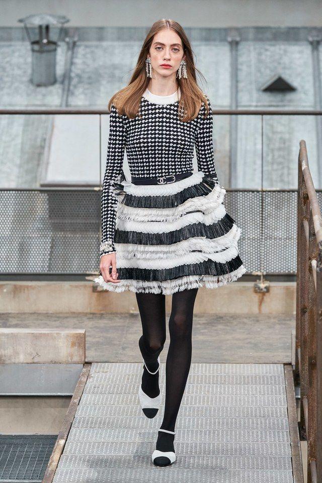 Chanel Spring 2020 ReadytoWear Fashion Show Marină