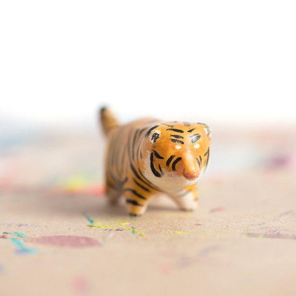 Le Regal Tiger Totem