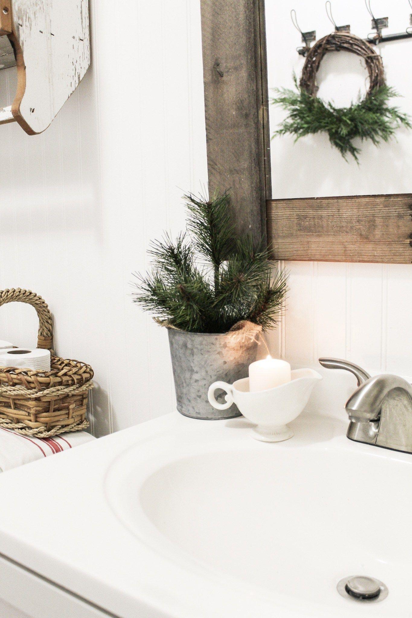 white christmas bathroom decor