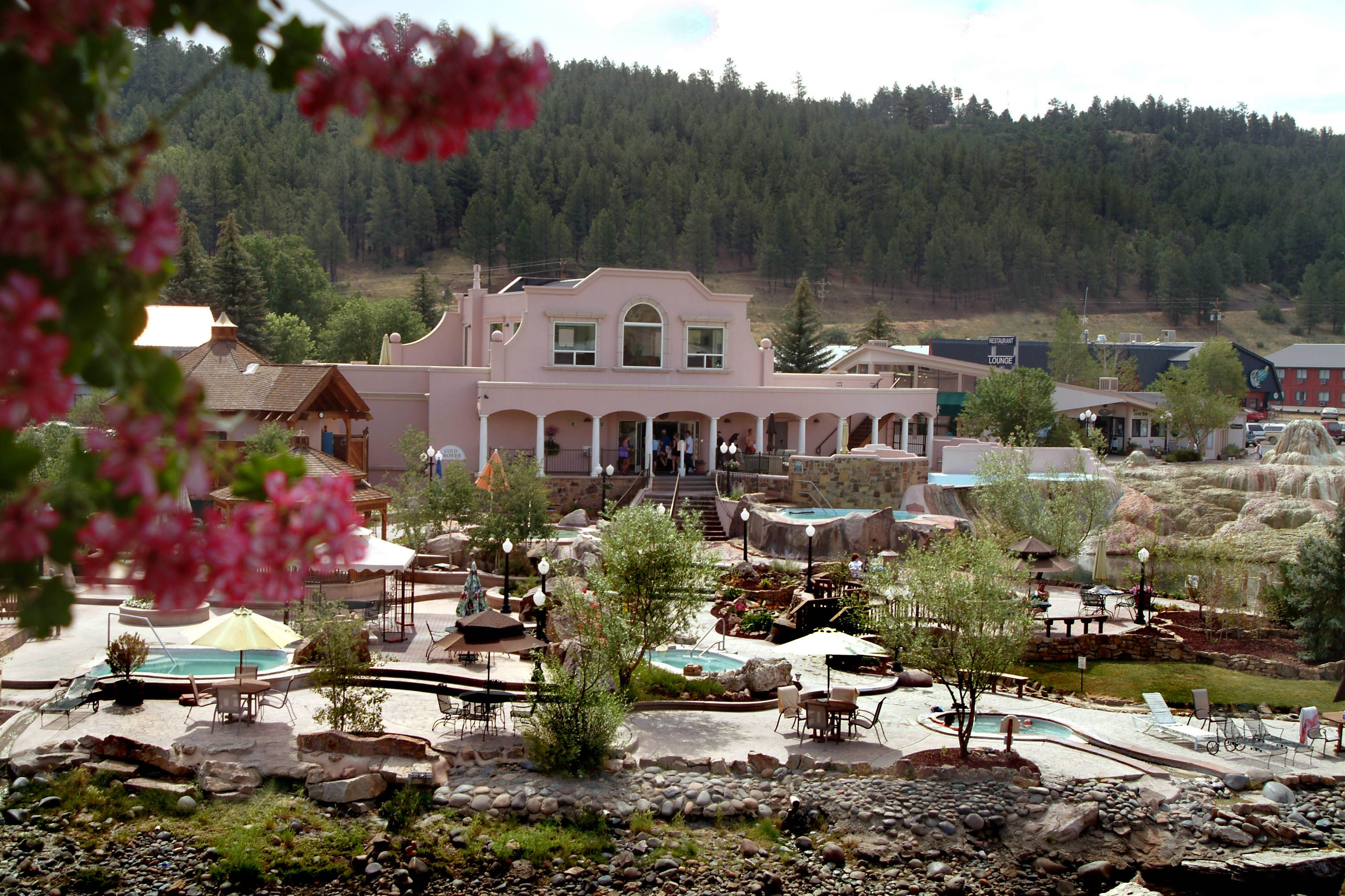 pagosa springs Surrounded by more than 3 million acres of national forest and wilderness areas, you'll find yourself in the center of nature's playground in pagosa springs.