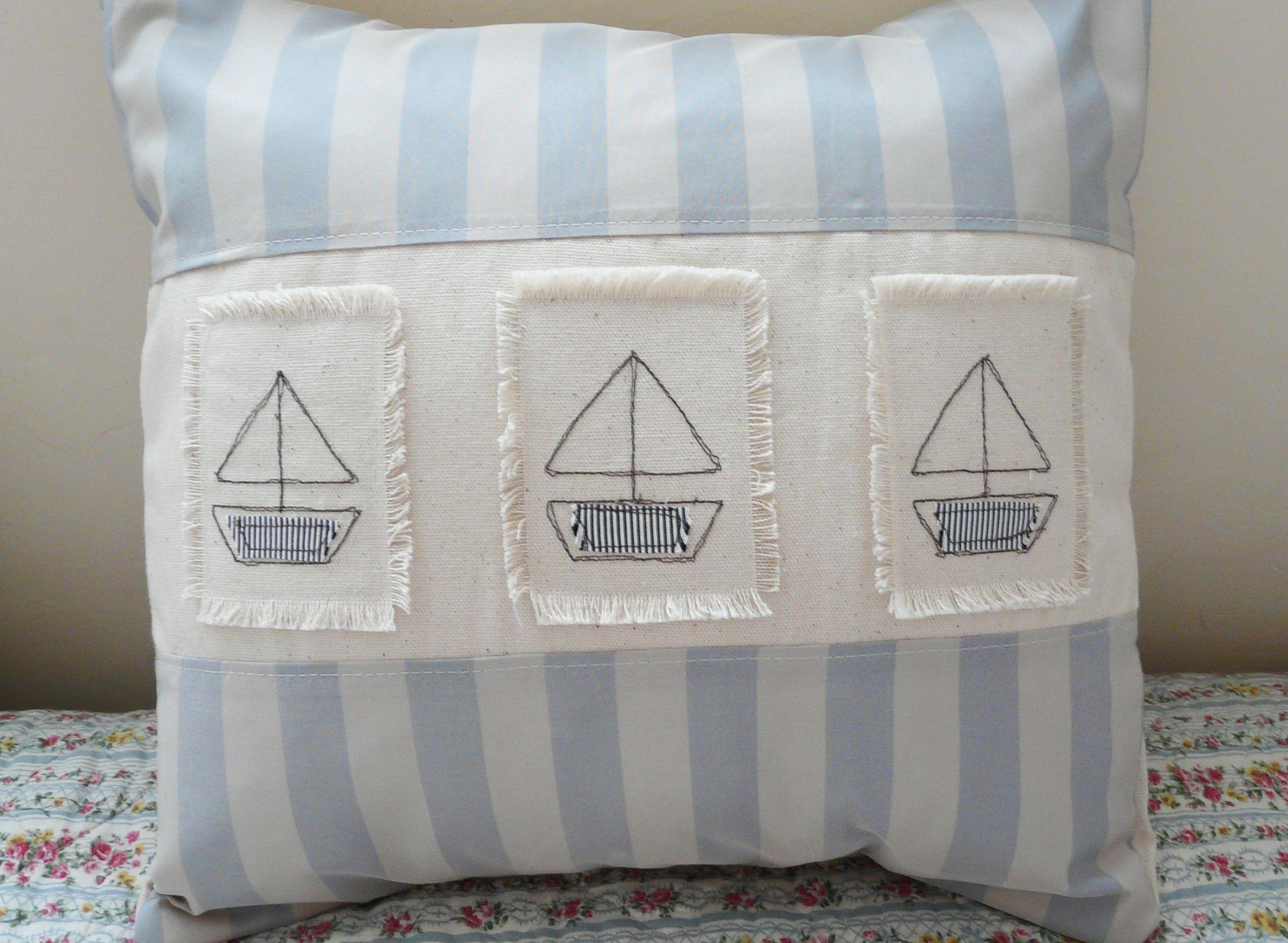 Handmade Cushion cover with boats | Decoracion cuarto bebe ...