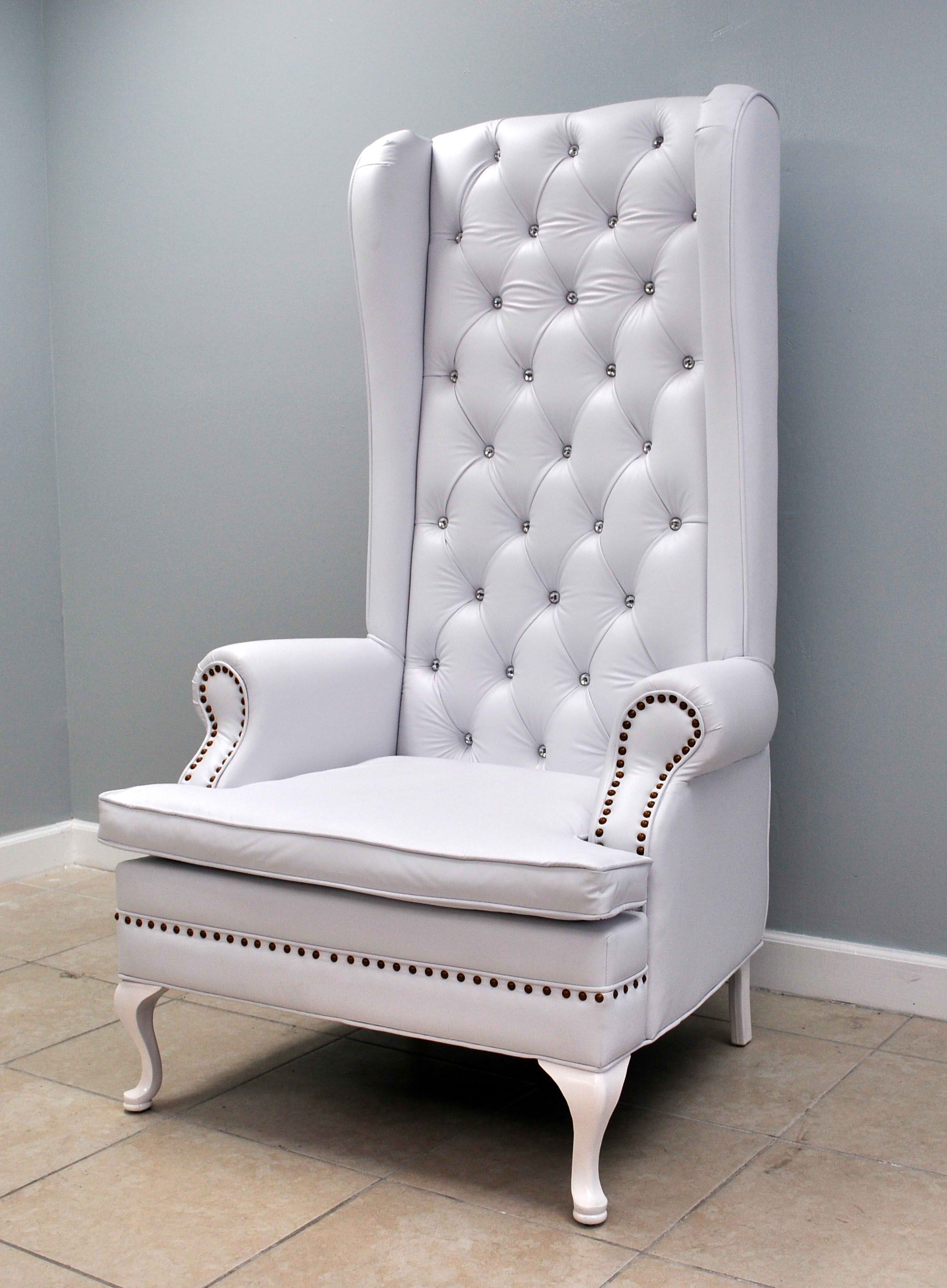 Delicieux White Throne Chair