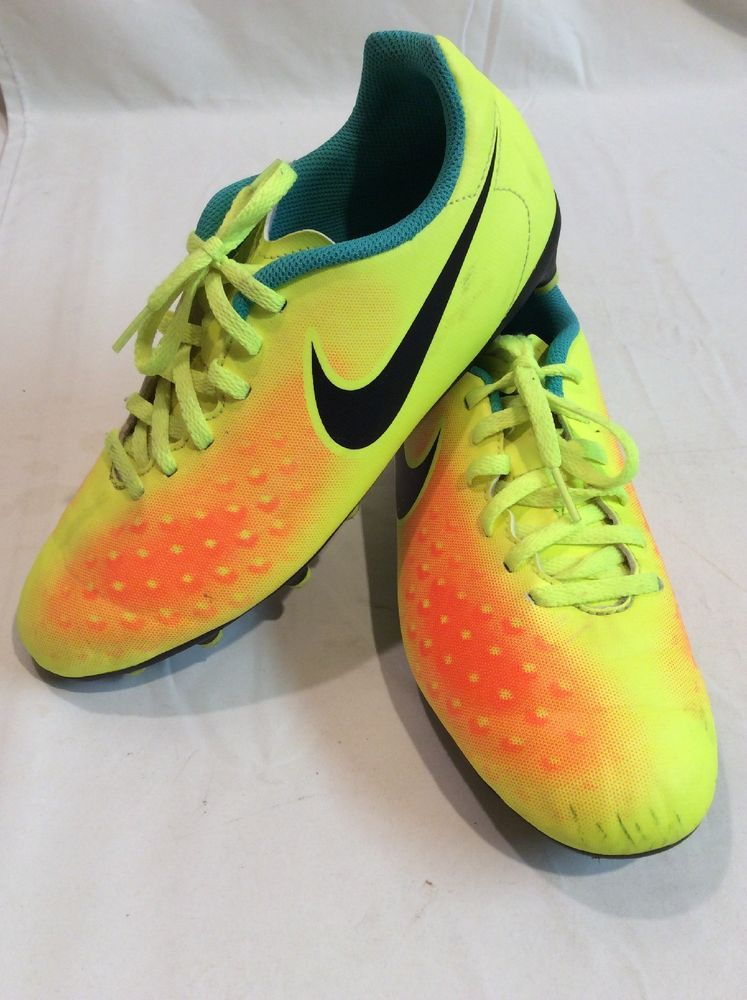 a5584d770952 Nike MagiSta Girls 6Y Yellow Orange Lace Up Soccer Football Cleats EUC   fashion  clothing
