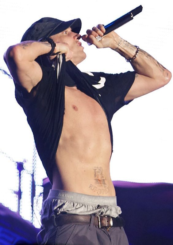 I Even Got Your Name Tattooed Across The Chest Marshall Mathers Lp Stan Eminem Rap Eminem Eminem Slim Shady