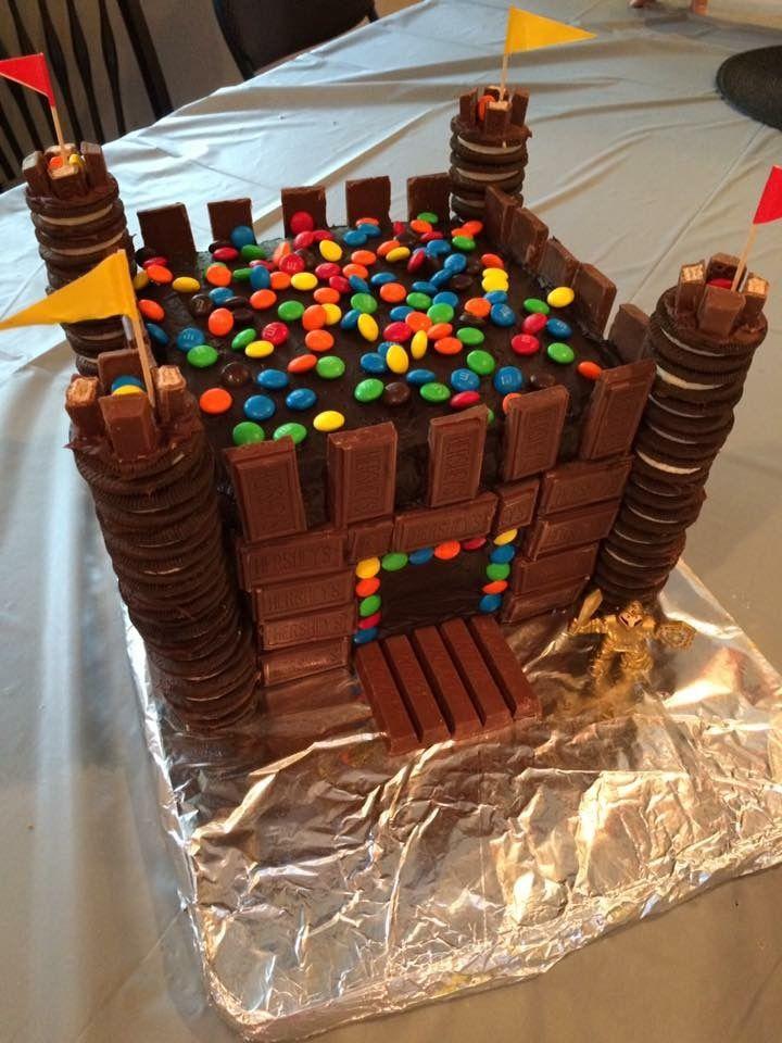 Marvelous Castle Medieval Birthday Cake Birthday Party Ideas En 2019 Funny Birthday Cards Online Overcheapnameinfo