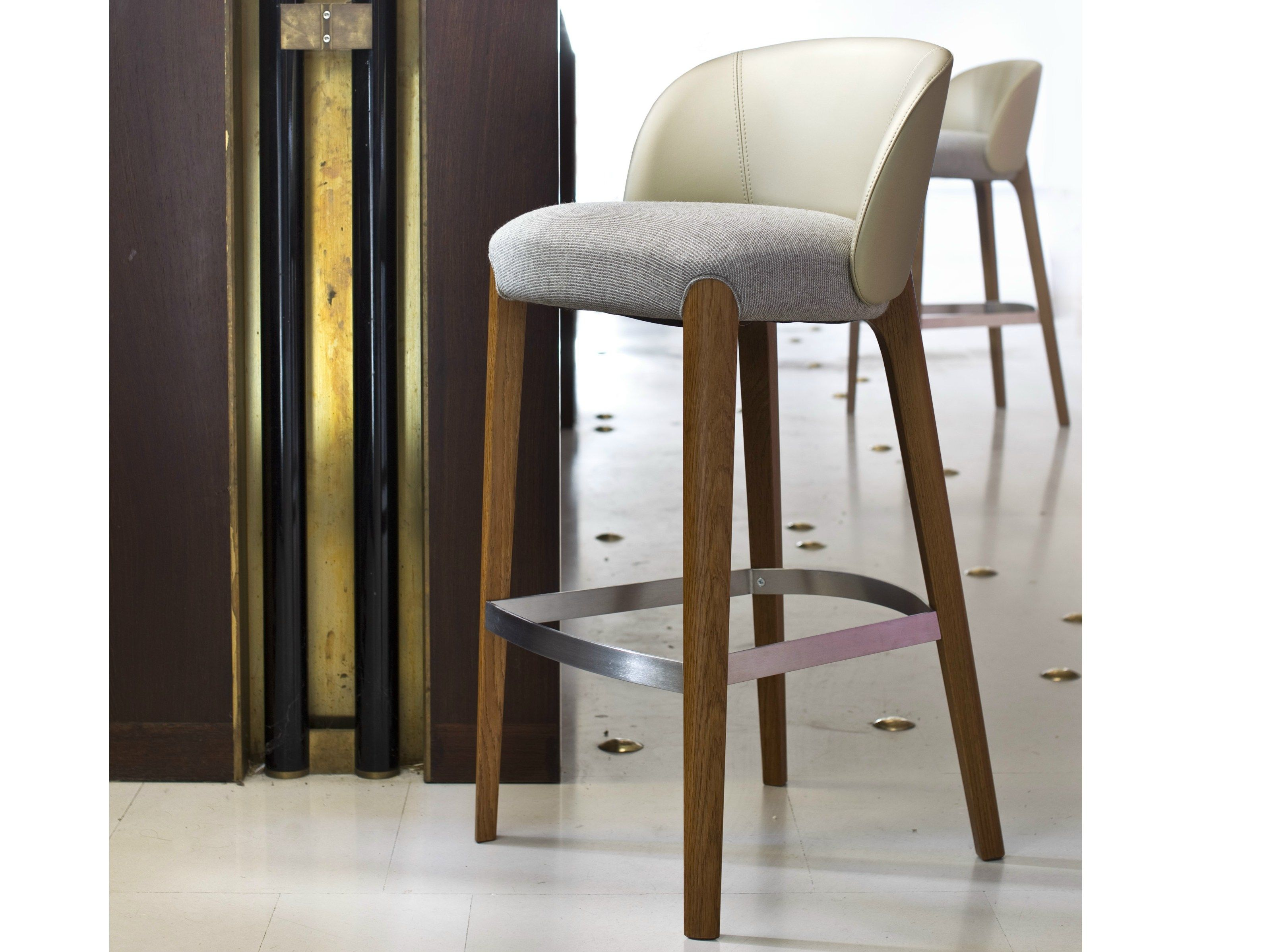 Upholstered Bar Stools So That Support All The Comfort When
