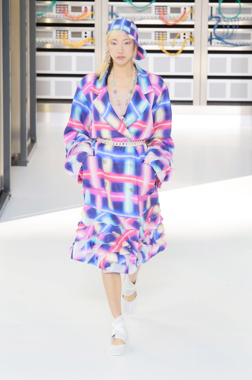 7e5d22f963 Chanel Paris Fashion Week Spring 2017