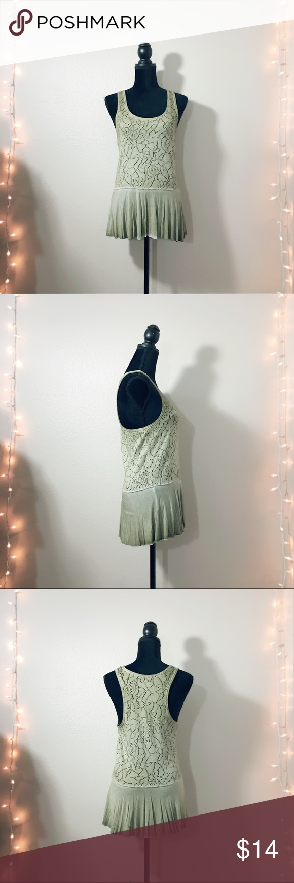 🆕 FREE PEOPLE Olive skirted Tank Beautiful open Knit skirted Tank from Free People! Flattering olive color. Excellent condition! Free People Tops Tank Tops