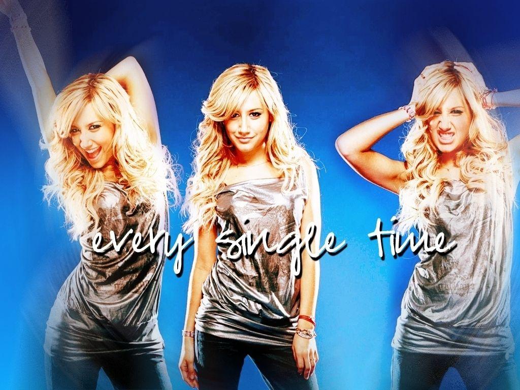Disney Channel Girls Wallpaper 9229674