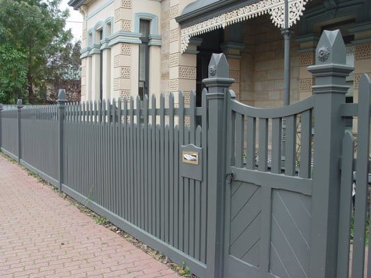 Image Result For Picket Fences On Sloping Blocks Front Yard Fence Brick Fence Cheap Fence