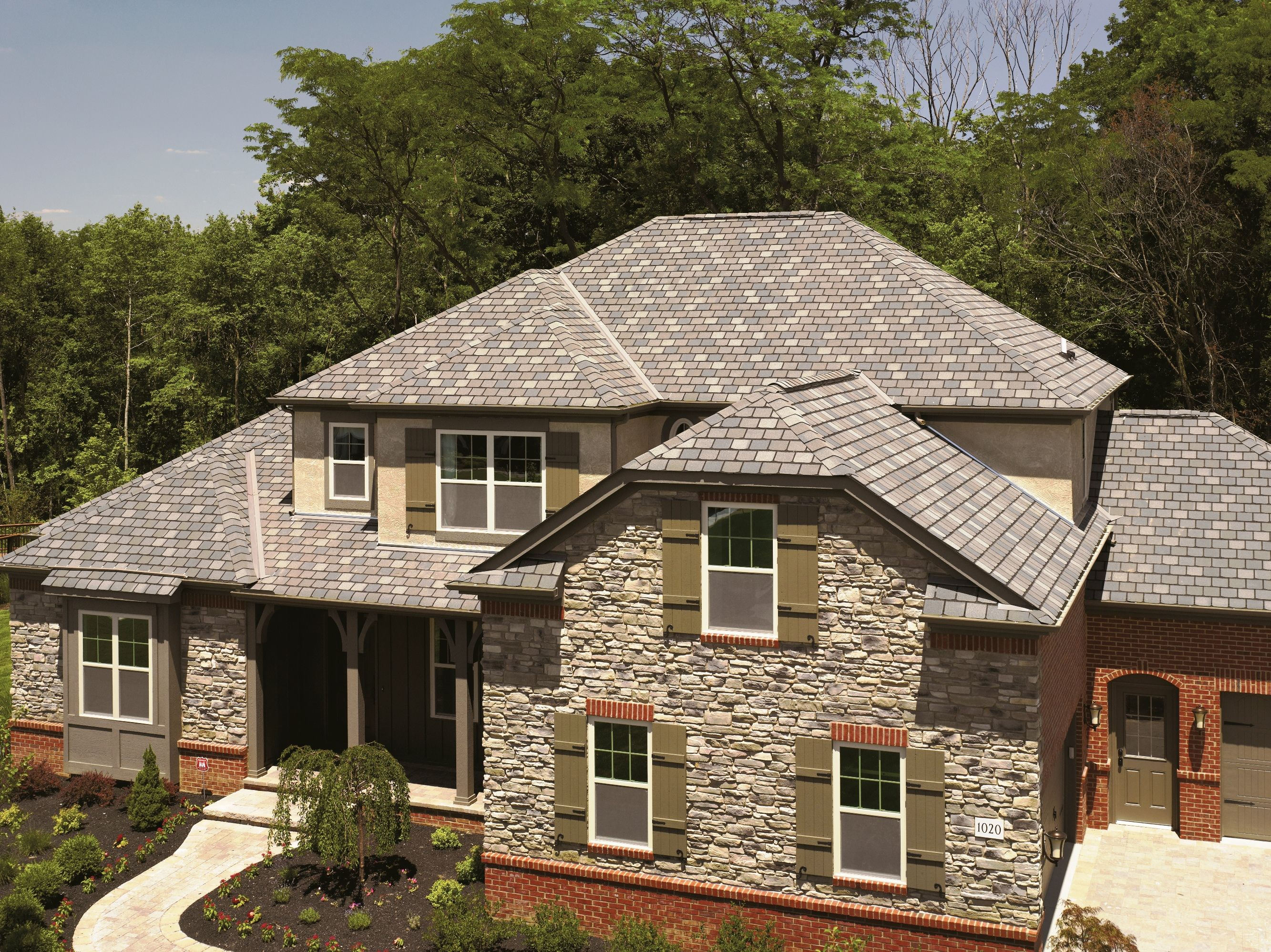 Best Highland Slate® Roof Design Roofing House Exterior 400 x 300