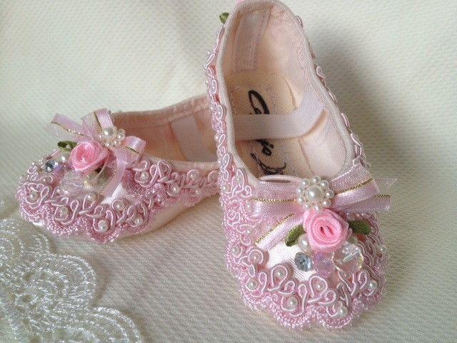 6155743c4e Sapatilha De Princesa rosa