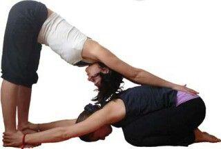 duo yoga  yoga en parejas yoga de dos