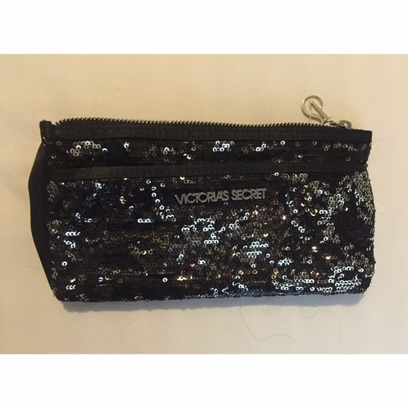 VS Makeup Bag Makeup bag from Victoria's Secret that includes 2 pockets! Makeup