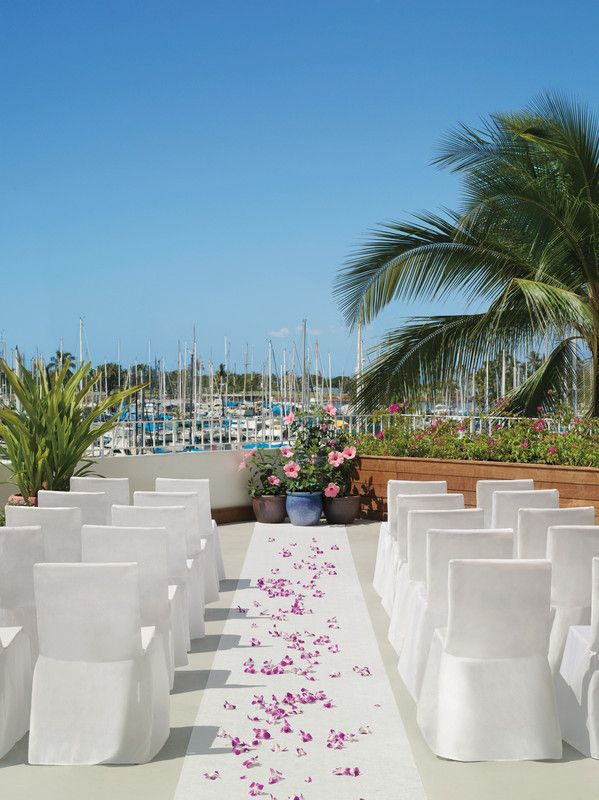 The Modern Honolulu Hawaii Venues Chic Outdoor Beach Wedding Ceremony On Pier