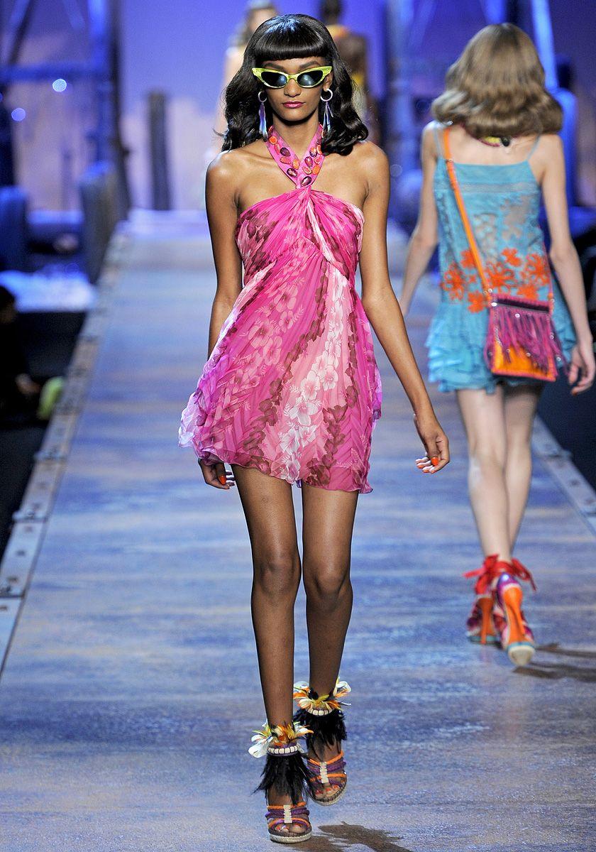 Christian Dior Spring 2011 RTW - Runway Photos - Vogue | Christian ...