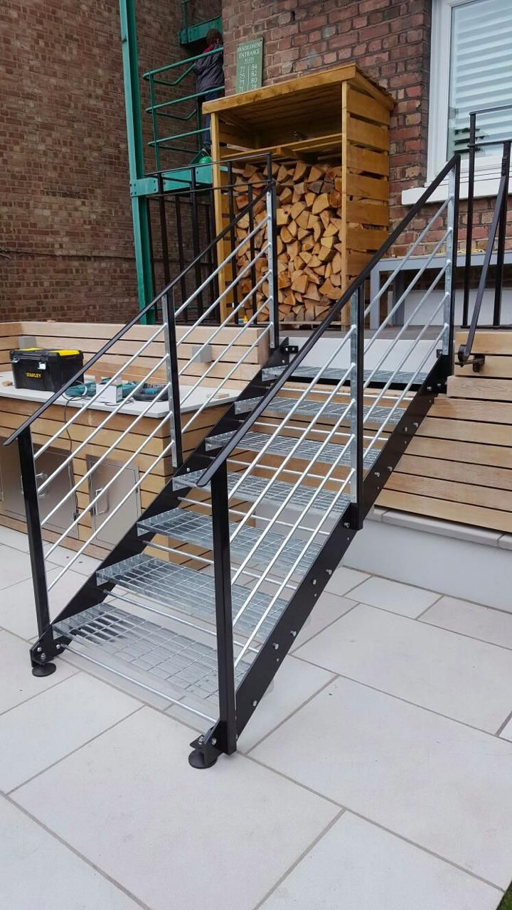 Best Garden Metal Staircase Fabrication London Nw6 2 400 x 300