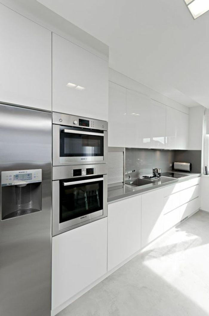 cocinas-blancas-hornos-integrados-frigorifico-gris-balsa-gris-cocina - Imagenes De Cocinas