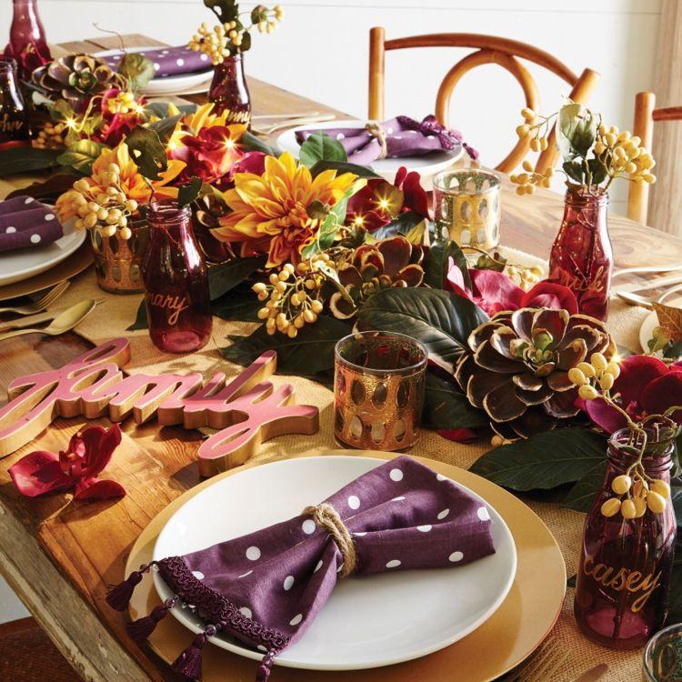 Herbstdeko in Lila Festliche Tafeln im Glamour-Look Deko Trends