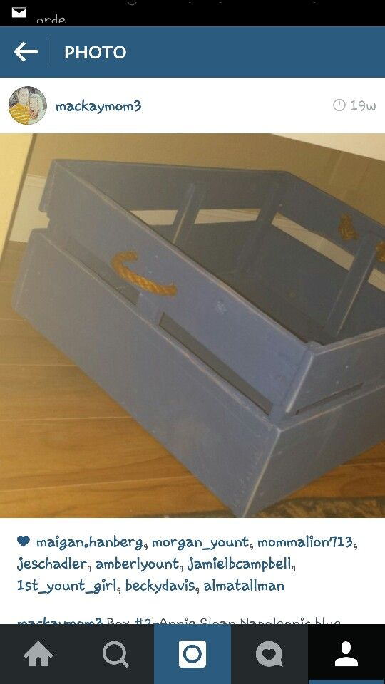 Homemade pallet box-chalk paint-old rope