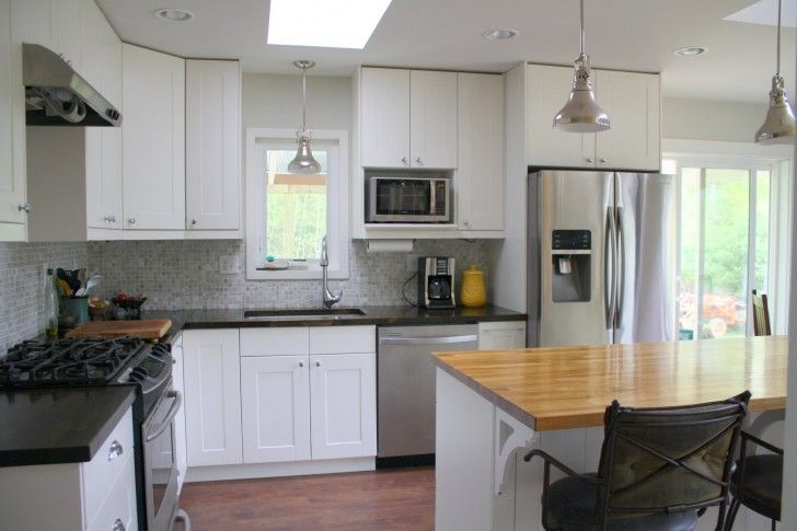 backsplash idea (crazy how much this kitchen layout looks like yours)