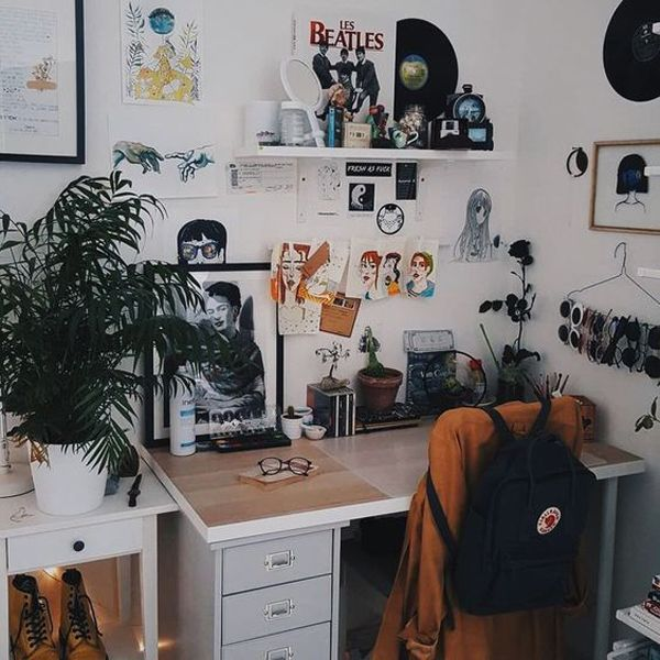 25 Cool Ways To Create Workspaces In Your Dorm | Home Design And Interior #roominspo