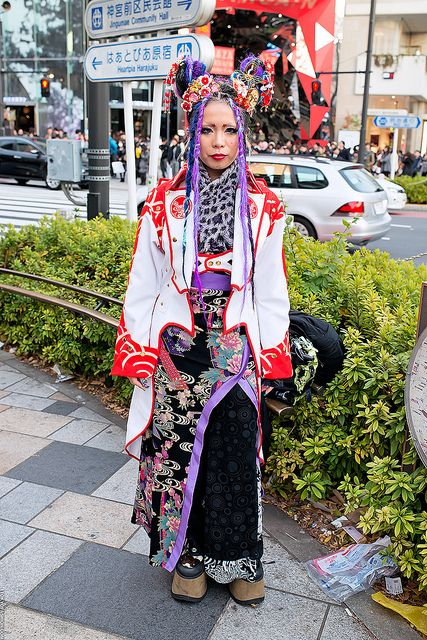 d425a23cd6b44 Traditional Japan Meets Raver Style by tokyofashion