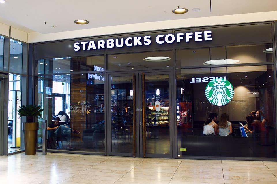 We Love Starbucks Naturlich Bei Uns In Der Thier Galerie Thiergalerie Dortmund Thiergaleriedortmund Einkaufsc Starbucks Einkaufscenter Shopping Center