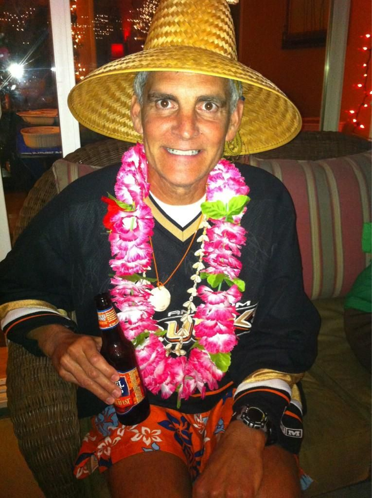 A ducks fan on vacation fun costume for a socal halloween