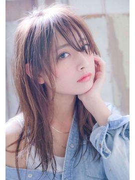 Siena シエナ さん 女の子モデル アジアの女性 美髪