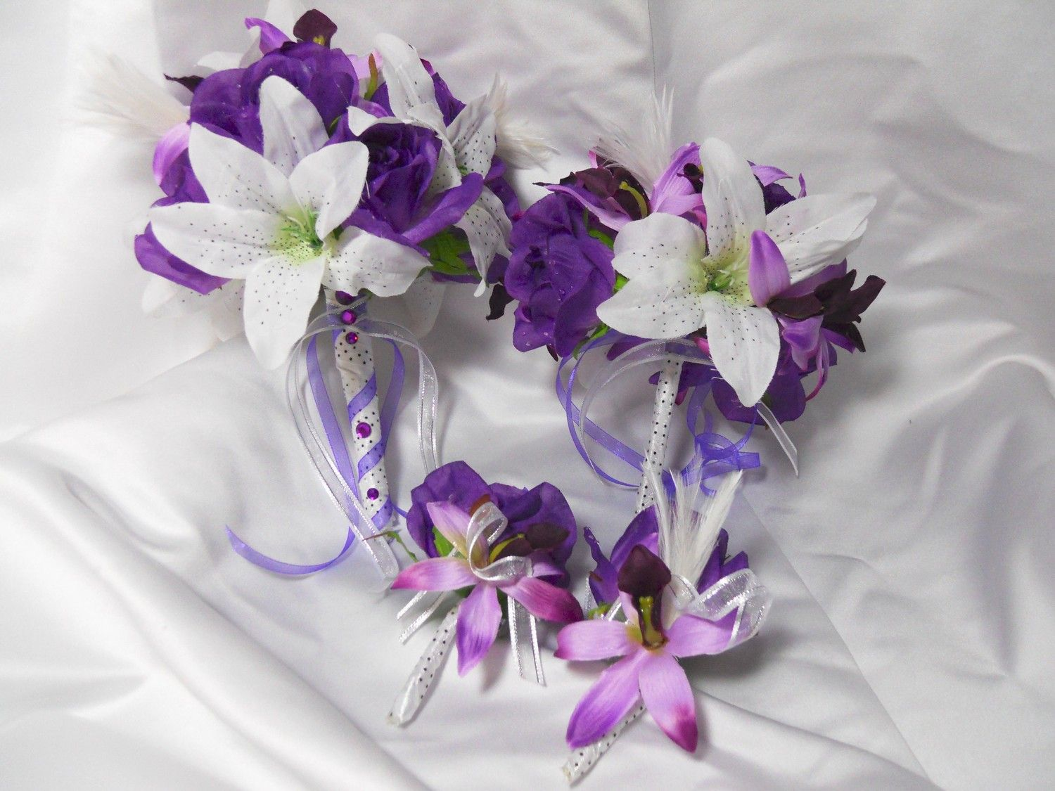 white and purple wedding bouquets sanfilippo make me this wedding 1299
