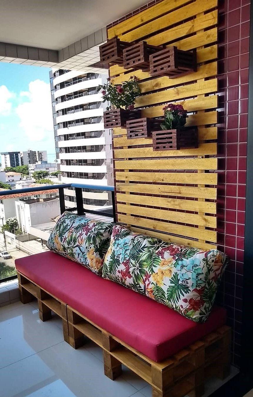 мебель из поддонов на балкон фото довольно