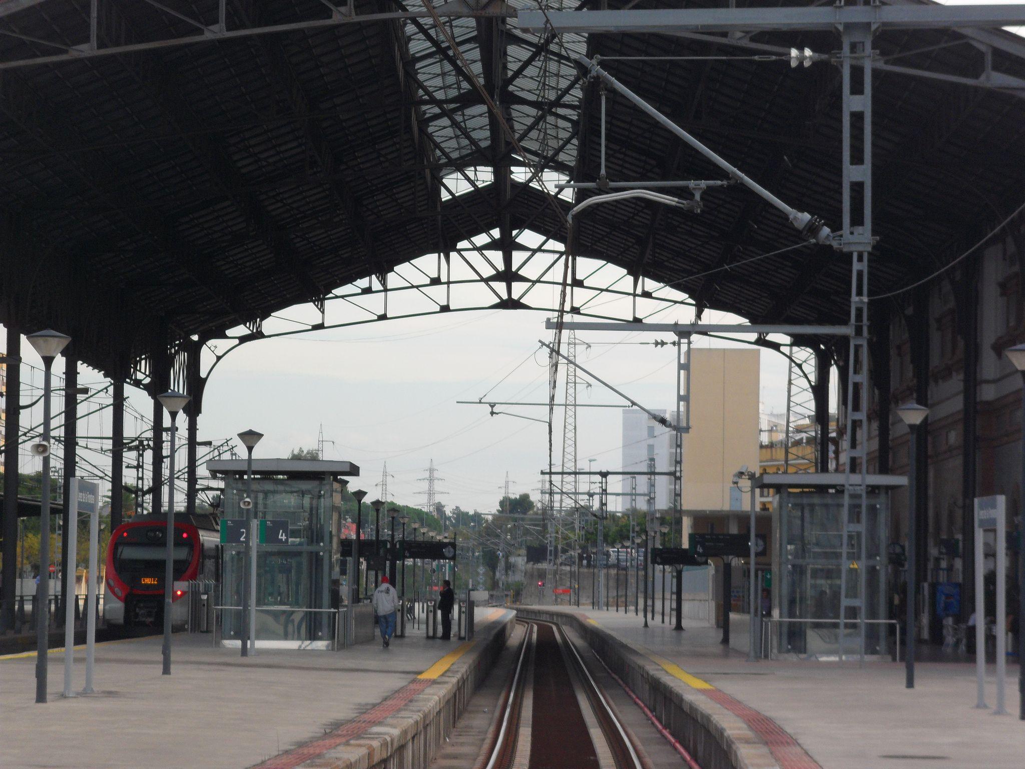 Estacion De Tren De Jerez De La Frontera En 1854 Se Abrio Al