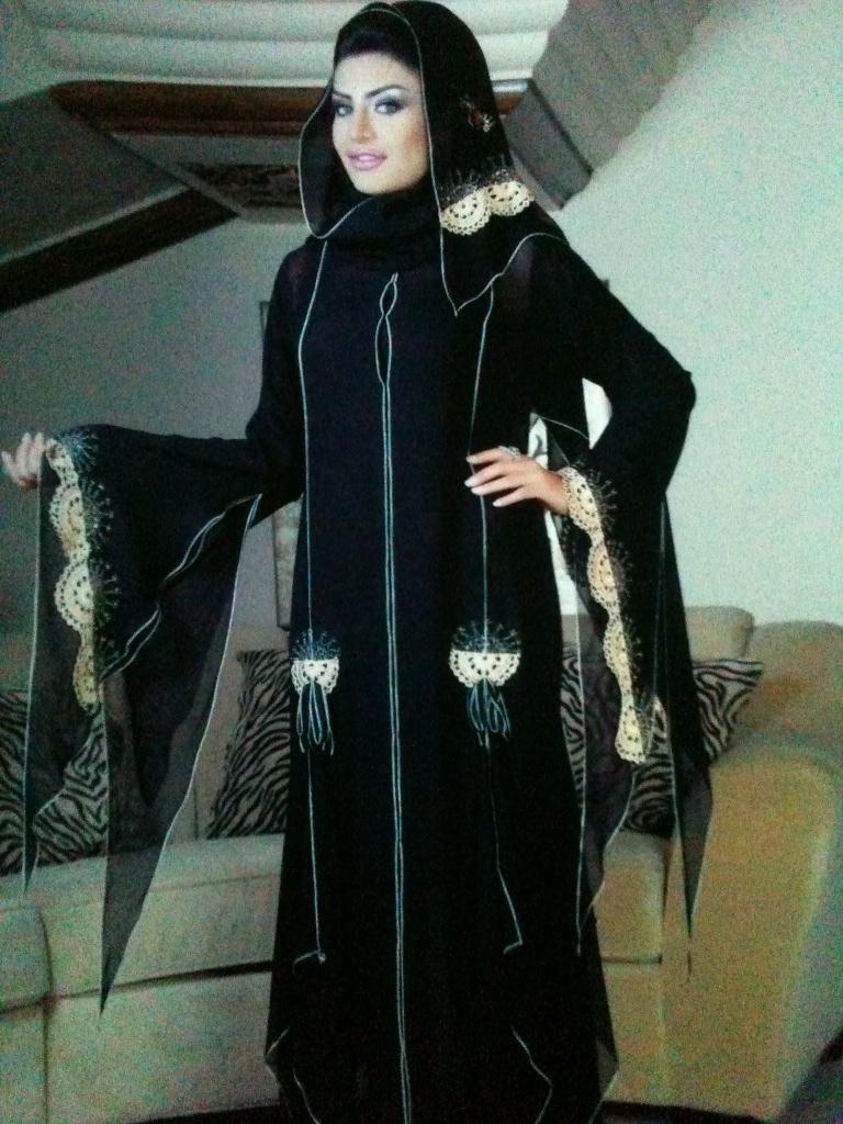 عباية الفيصلية On Twitter Fashion Style Nun Dress